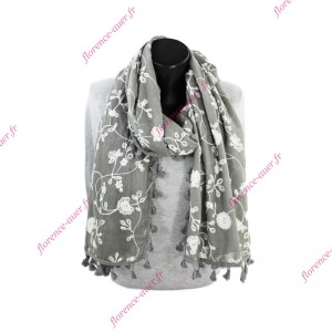 Grand foulard gris broderie fleurie blanche galon pompons